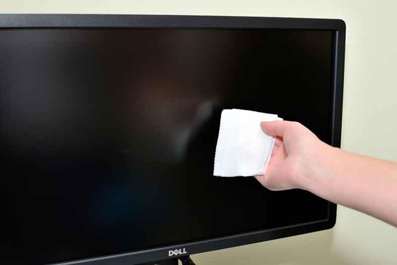 chistka-ekrana-monitora